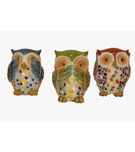 Owls who don't see, hear,...